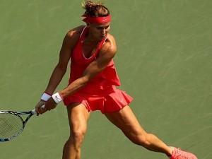 Lucie Safarova Earns Final Spot for 2015 BNP Paribas WTA Finals Singapore