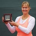 Ros Nideffer Wins Third Straight USTA National Women's 50 Hard Court Championships